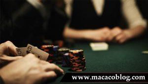 macacoblog Menghindari Kartu Jelek Pada Permainan POKER